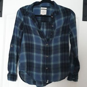 Lightweight American Eagle flannel style button up